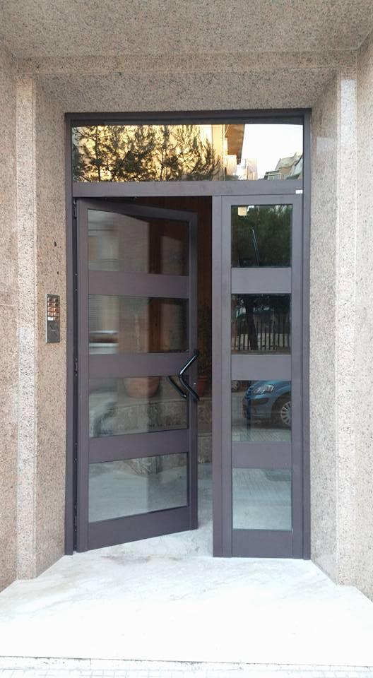 portone ingresso in alluminio